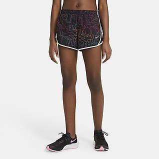 Nike Dri-FIT Tempo Shorts estampados de running para niña talla grande