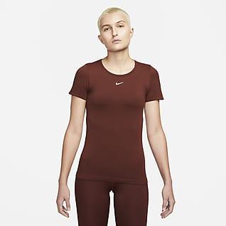 Nike DRI-FIT ADV Aura Dámské tričko vzeštíhleném střihu askrátkým rukávem