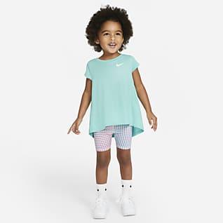 Nike Conjunto de prenda para la parte superior y shorts para bebé