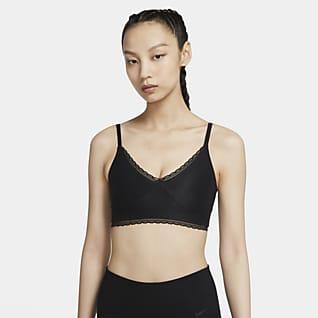 Nike Indy Luxe สปอร์ตบราผู้หญิงซัพพอร์ตระดับต่ำ