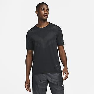 Nike Dri-FIT Run Division Rise365 Pánské běžecké tričko s krátkým rukávem