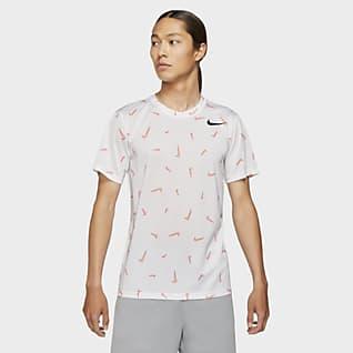 Nike Dri-FIT เสื้อยืดเทรนนิ่งผู้ชายพิมพ์ลาย