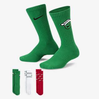 Nike Everyday Παιδικές κάλτσες μεσαίου ύψους με αντικραδασμική προστασία (τρία ζευγάρια)