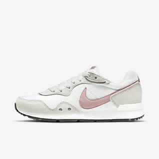 Nike Venture Runner Kadın Ayakkabısı