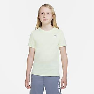 Nike Dri-FIT Miler Top de entrenamiento para niño talla grande