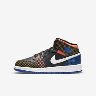 Air Jordan 1 Mid MMD Older Kids' Shoe
