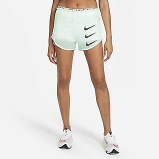 Nike Tempo Luxe Run Division 2-i-1-løbeshorts til kvinder