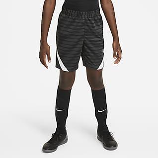 Nike Dri-FIT Strike Shorts de fútbol tejidos para niños talla grande
