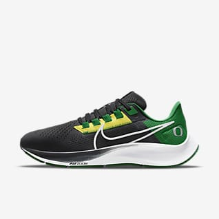 Nike College Air Zoom Pegasus 38 (Oregon) Running Shoe