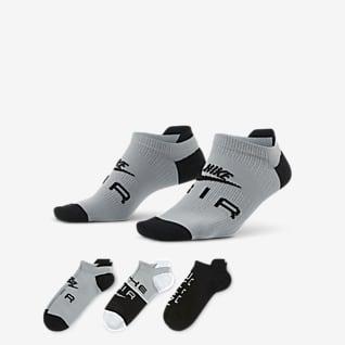 Nike Air Everyday Plus Lightweight ถุงเท้าเทรนนิ่งผู้หญิงแบบซ่อน (3 คู่)