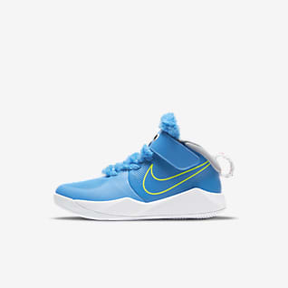 Nike Team Hustle D 9 Fast n Furry Younger Kids' Shoe