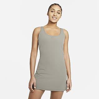 Nike Bliss Luxe Vestido de entrenamiento para mujer