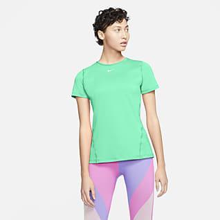 Nike Pro Kortærmet træningsoverdel til kvinder