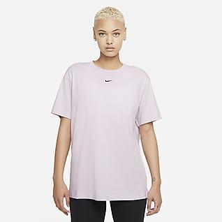 Nike Sportswear Essential Playera con ajuste holgado para mujer