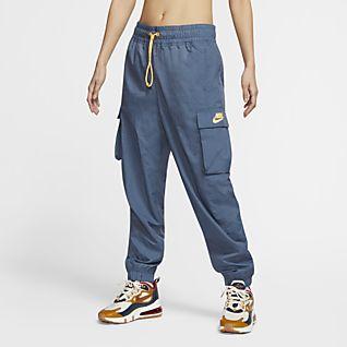 Sale Tracksuits. Nike.com