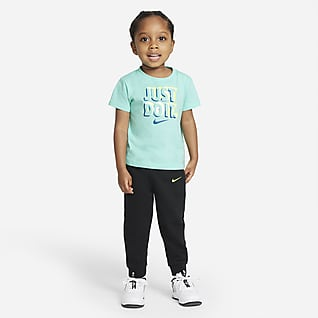 Nike Conjunto de playera y pantalones de entrenamiento para bebé (12-24M)