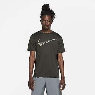 Nike Dri-FIT Playera de entrenamiento con estampado de camuflaje para hombre