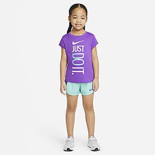 Nike Dri-FIT Conjunto de playera y shorts para niños talla pequeña