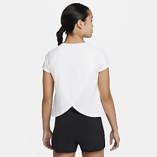 NikeCourt Dri-FIT Victory Kurzarm-Tennisoberteil für ältere Kinder (Mädchen)