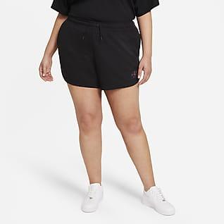 Nike Sportswear Essential Women's Shorts (Plus Size)