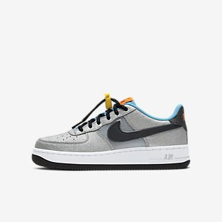 Boys Air Force 1 Low Top Shoes. Nike.com