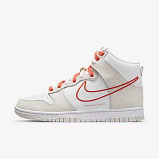 Nike Dunk High SE 女子运动鞋