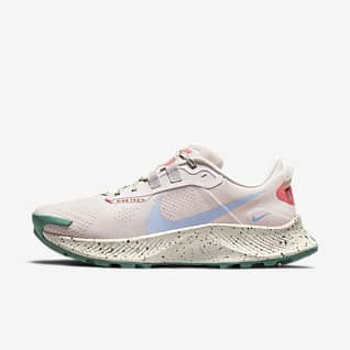 Nike Pegasus Trail 3 Arazi Tipi Kadın Koşu Ayakkabısı