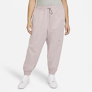 Nike Sportswear Swoosh Bukser til kvinder (plus size)