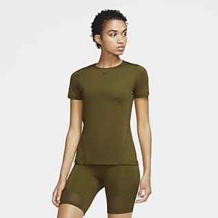 Nike Pro Γυναικεία κοντομάνικη μπλούζα προπόνησης από διχτυωτό υλικό