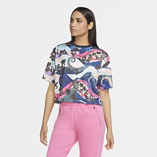 Nike Sportswear Kısa Kollu Kadın Üstü