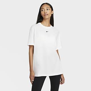 Nike Sportswear Essential T-shirt boyfriend - Donna