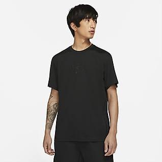 Nike Sportswear Tech Pack เสื้อแขนสั้นผู้ชาย