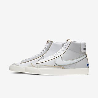 womens nike mid top shoes