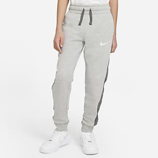 Nike Sportswear Swoosh Flísové kalhoty pro větší děti (chlapce)