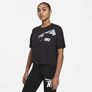 Nike Dri-FIT Kort träningstopp med tryck för kvinnor