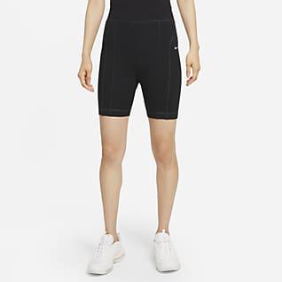 Nike Sportswear กางเกงปั่นจักรยานขาสั้นผู้หญิง