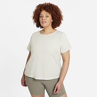 Nike Yoga Dri-FIT Camiseta de manga corta para mujer (talla grande)