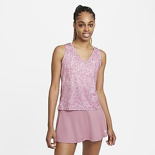 NikeCourt Victory เสื้อกล้ามเทนนิสผู้หญิงพิมพ์ลาย