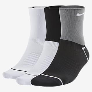 Nike Everyday Plus Lightweight Calcetines cortos de entrenamiento para mujer (3 pares)