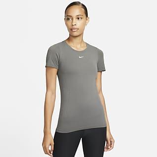 Nike Pro Dri-FIT ADV Sømløs, kortermet treningsoverdel til dame