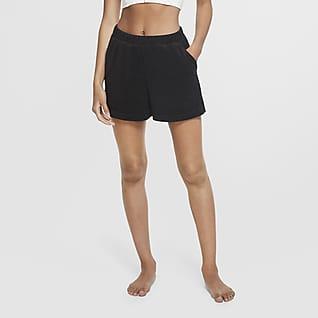 Nike Yoga Shorts para mujer