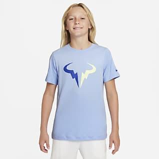 NikeCourt Dri-FIT Rafa T-shirt de ténis Júnior (Rapaz)
