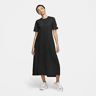 Nike Sportswear NSW Kortärmad klänning för kvinnor