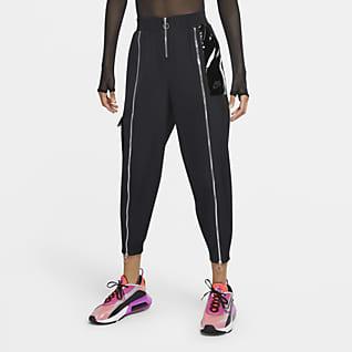 Nike Sportswear Icon Clash Dokuma Kadın Eşofman Altı
