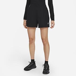 Nike ACG Overdimensionerede shorts til kvinder