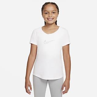 Nike Sportswear Playera con cuello en forma de U para niña talla grande
