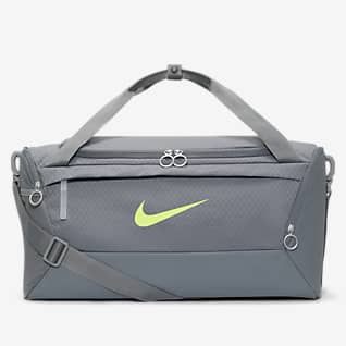 Nike Brasilia กระเป๋า Duffel เทรนนิ่งสำหรับอากาศหนาว