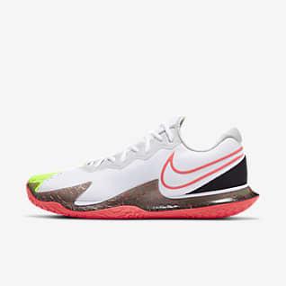 Men's Tennis Shoes. Nike IL