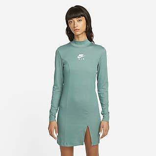 Nike Air Платье с длинным рукавом