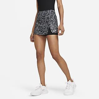 NikeCourt Victory Tennisnederdel med print til kvinder